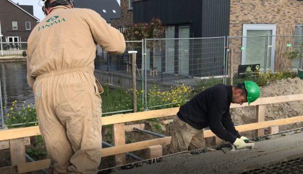 Beton_schuren_bij_brug_de_luwte_in_drachten_vakmannen_GWW_bouw_jansma_Drachten