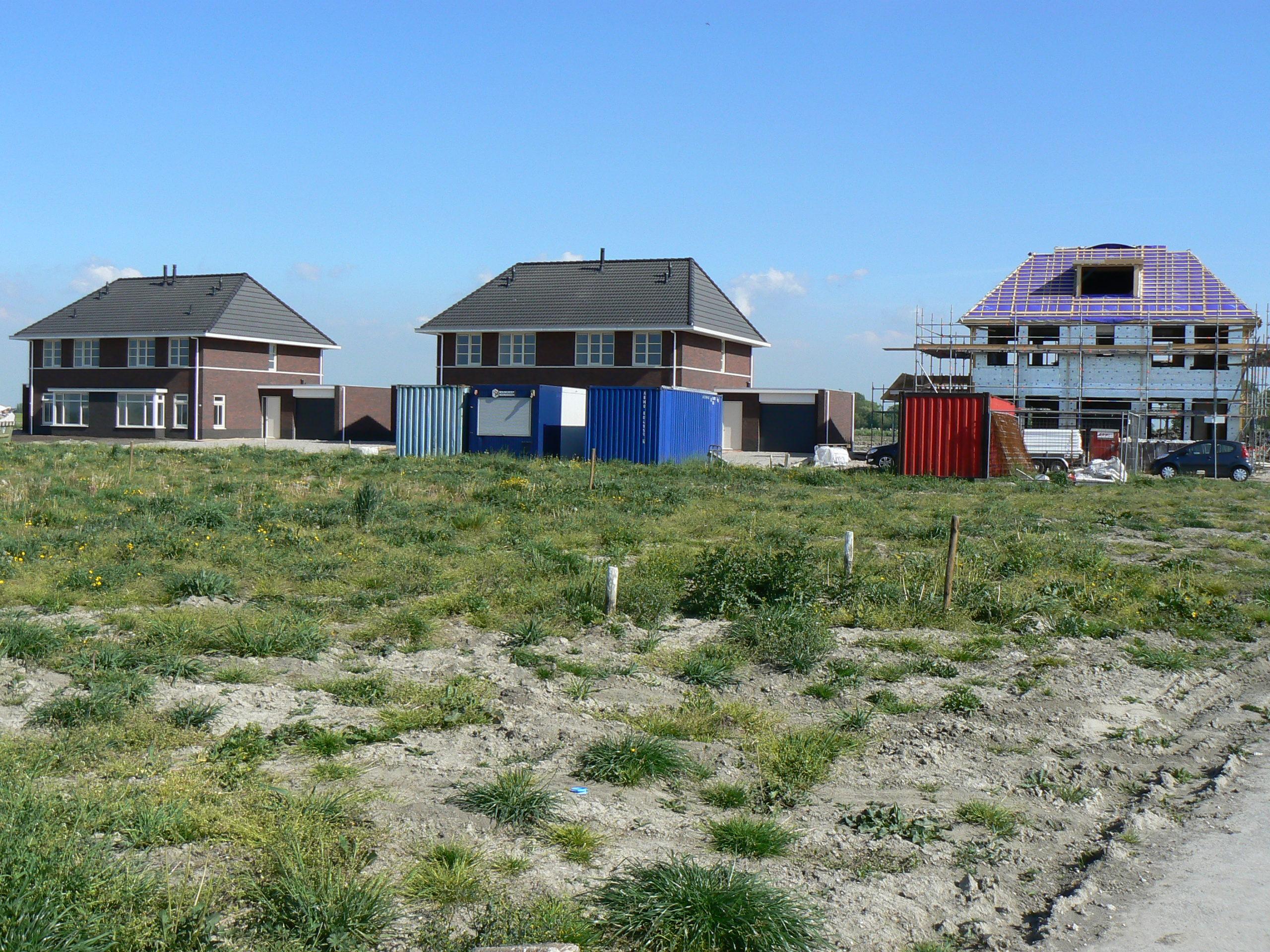 Woningen_wommels_nieuwbouw_noordoost_twee-onder-een-kap-hoge-gootlijn