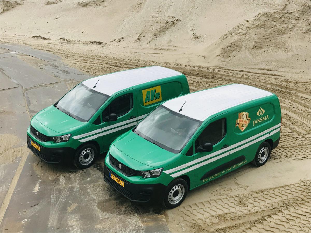 Nieuwe Bedrijfsauto's Voor Jansma
