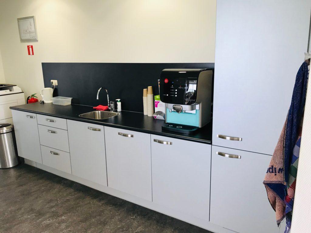 Te huur kantoorruimte kantoor Nobelweg 13 Leeuwarden - keukenblok